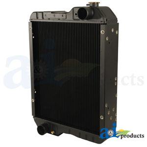 A-239979A3: Case-IH Radiator